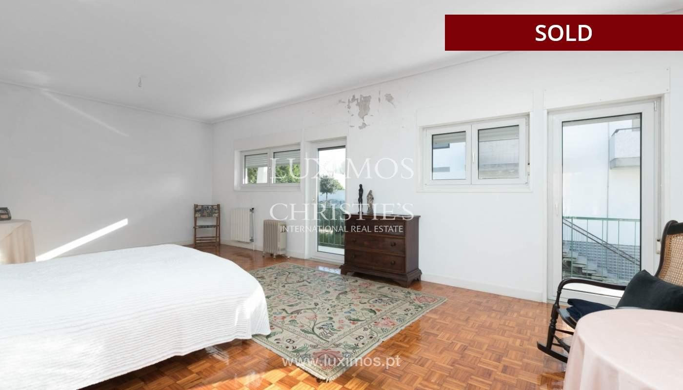 Sale of Villa with garden and lake, Porto, Portugal _93057