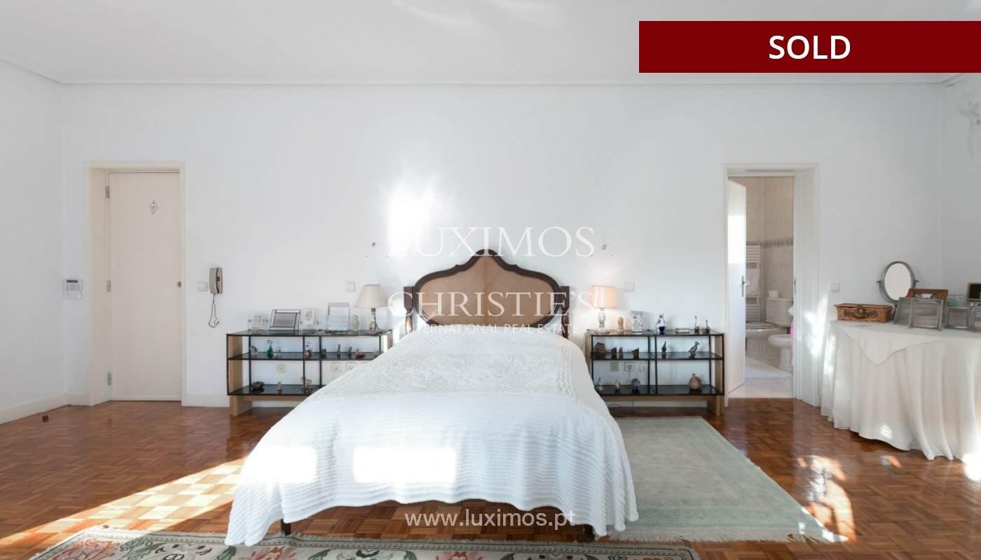 Sale of Villa with garden and lake, Porto, Portugal _93059