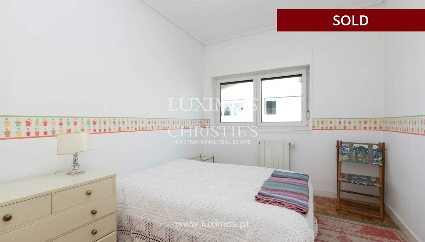 Sale of Villa with garden and lake, Porto, Portugal _93061