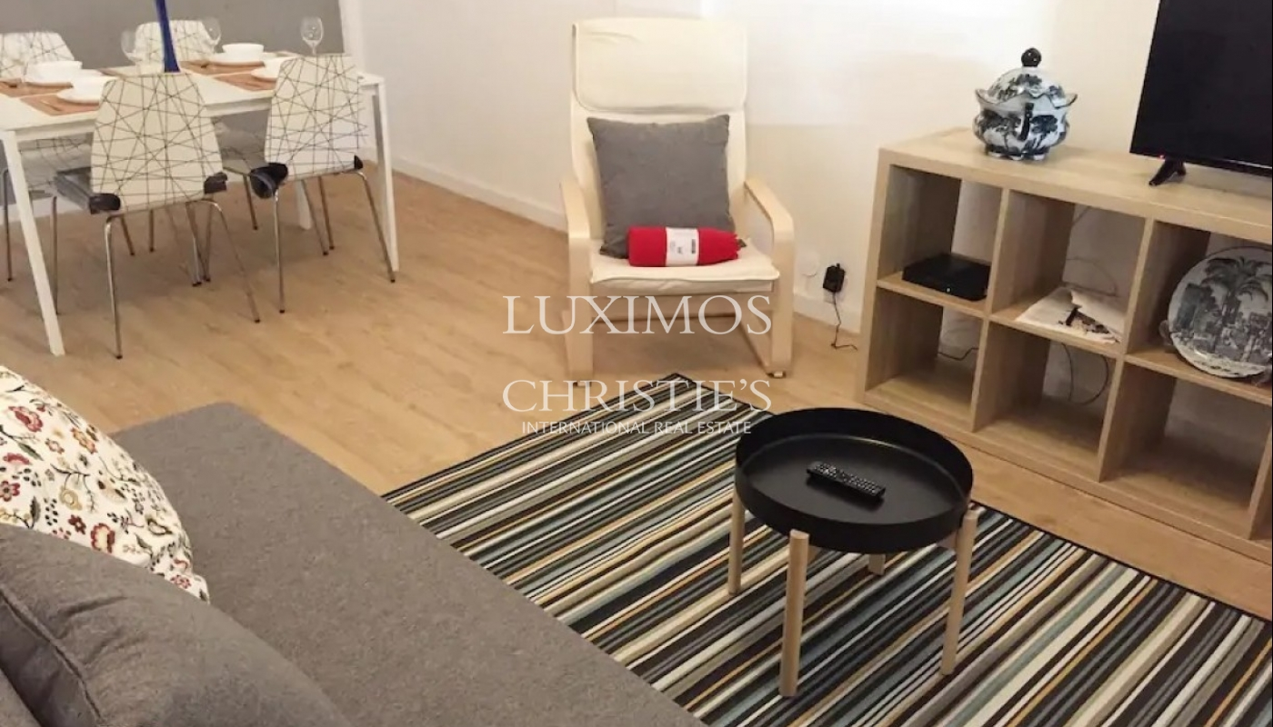 Renovated apartment, for sale, in Porto downtown, Portugal_93350