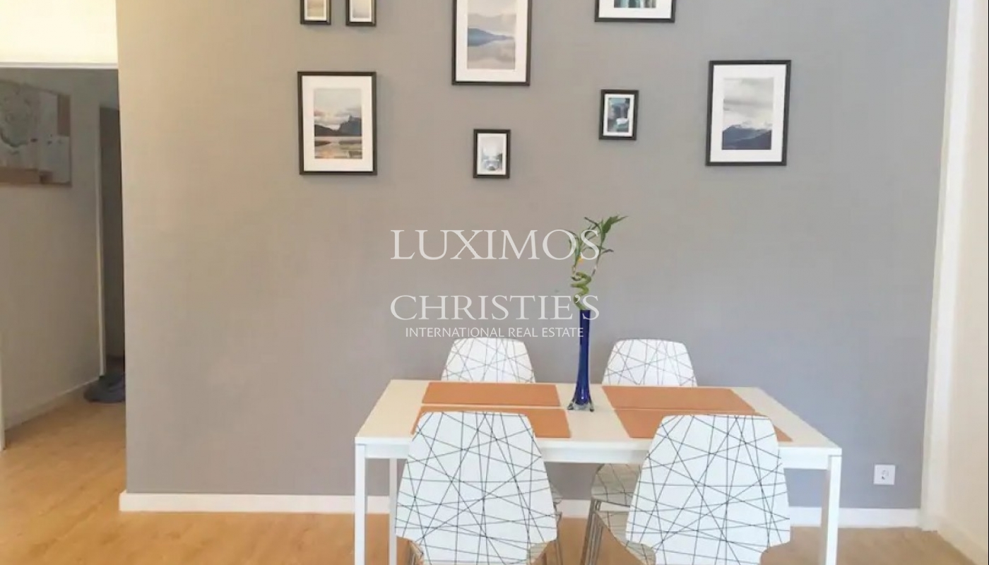 Renovated apartment, for sale, in Porto downtown, Portugal_93352