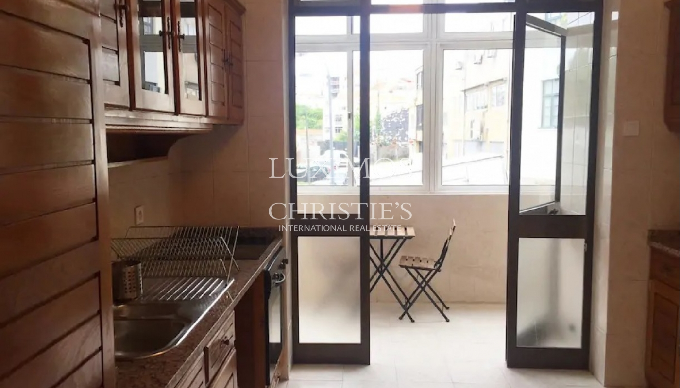 Renovated apartment, for sale, in Porto downtown, Portugal_93353