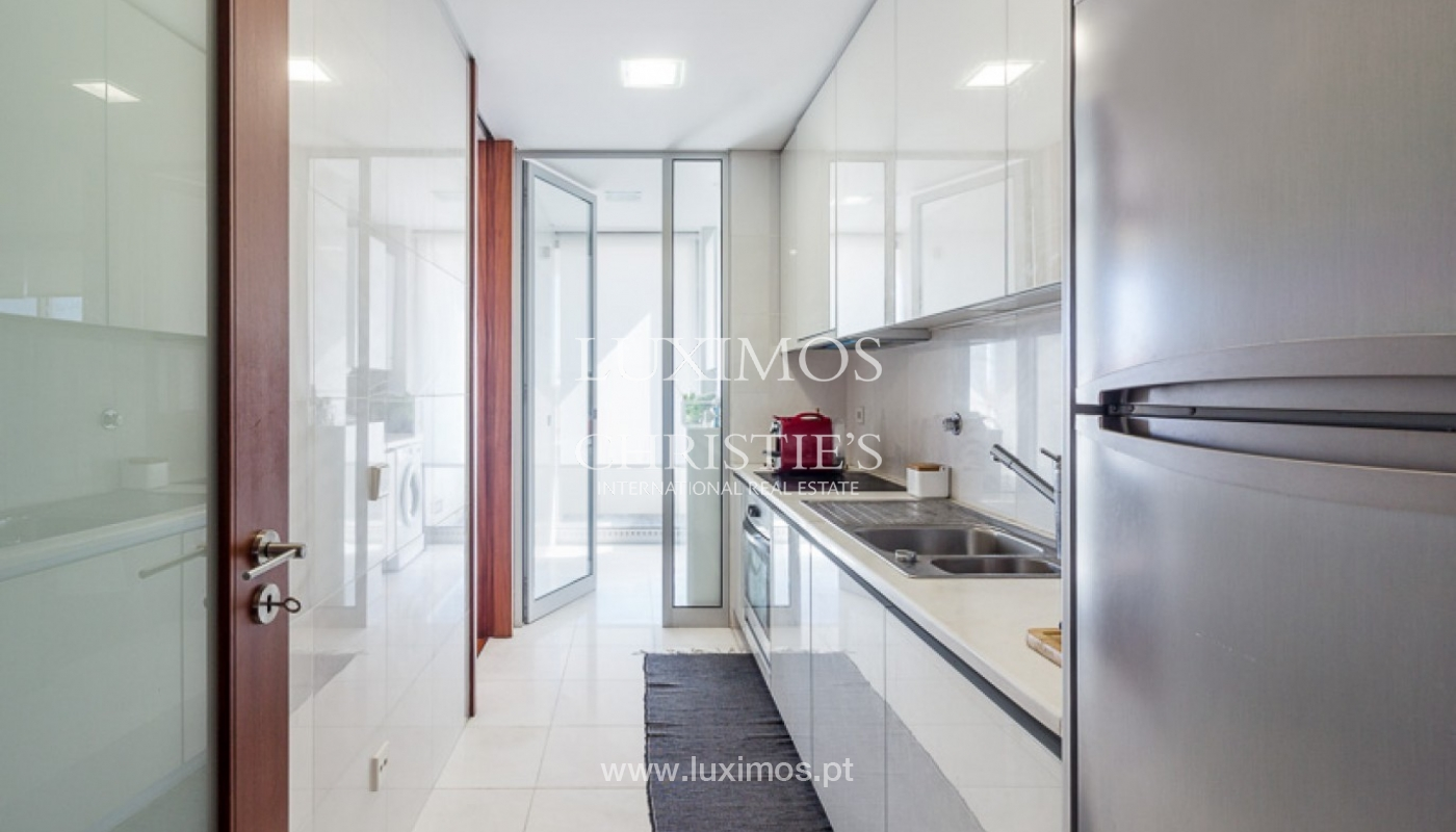 Sale of modern apartment with ocean views in Porto, Portugal_93675
