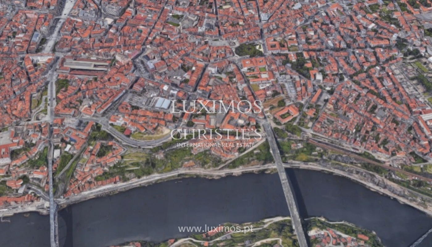 Sale of new luxury apartment, in the historic centre of Porto, Portugal_93864
