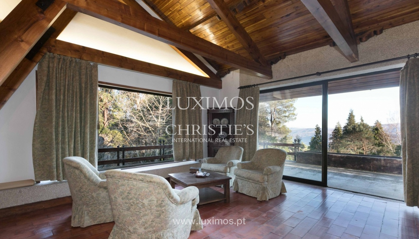 Sale of country house with pool, in protected area, Gerês, Portugal_93912
