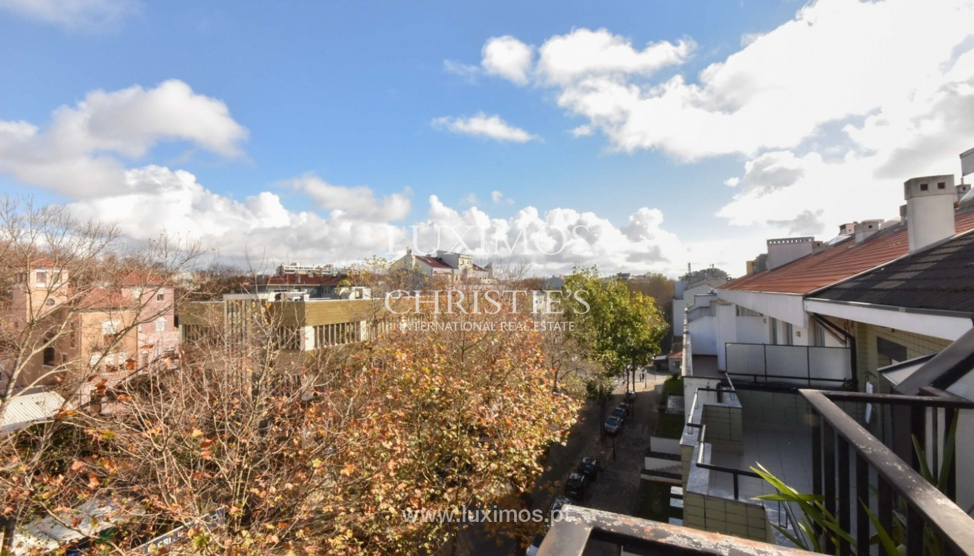 Sale of luxury Penthouse, with ocean views, Porto, Portugal_94117