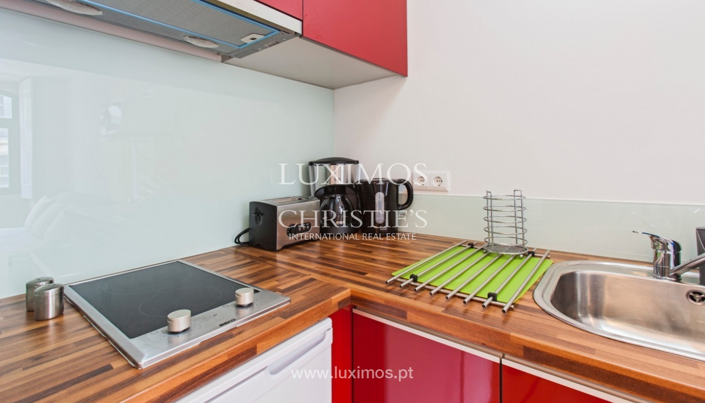 Sale of apartment in central location, Porto downtown, Portugal_94219