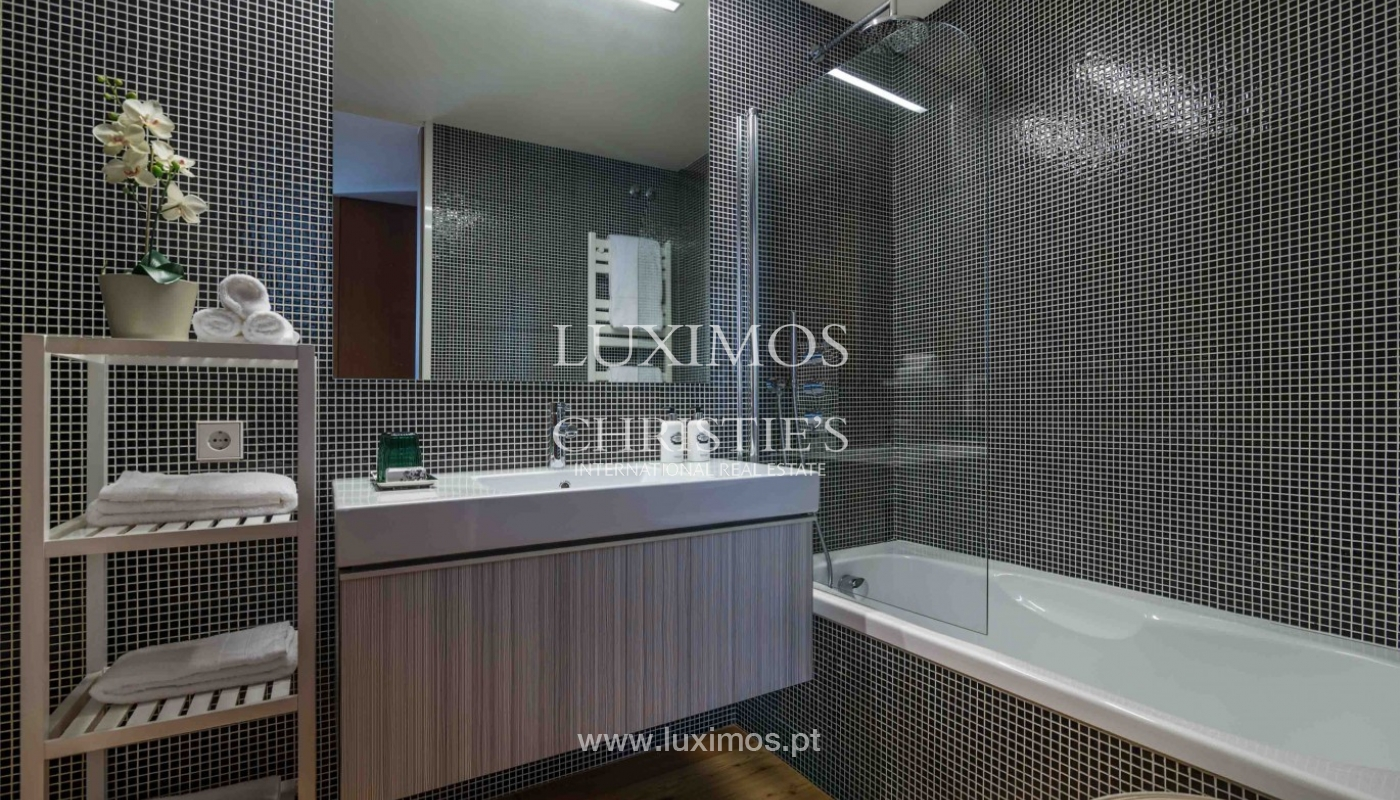 Sale of modern apartment, as new, Lordelo do Ouro, Porto, Portugal_94337