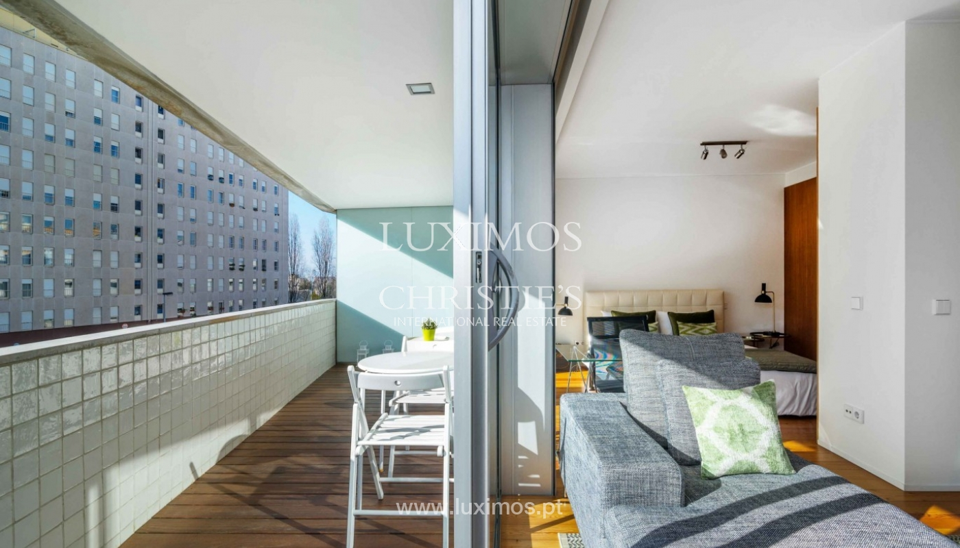 Sale of modern apartment, as new, Lordelo do Ouro, Porto, Portugal_94340