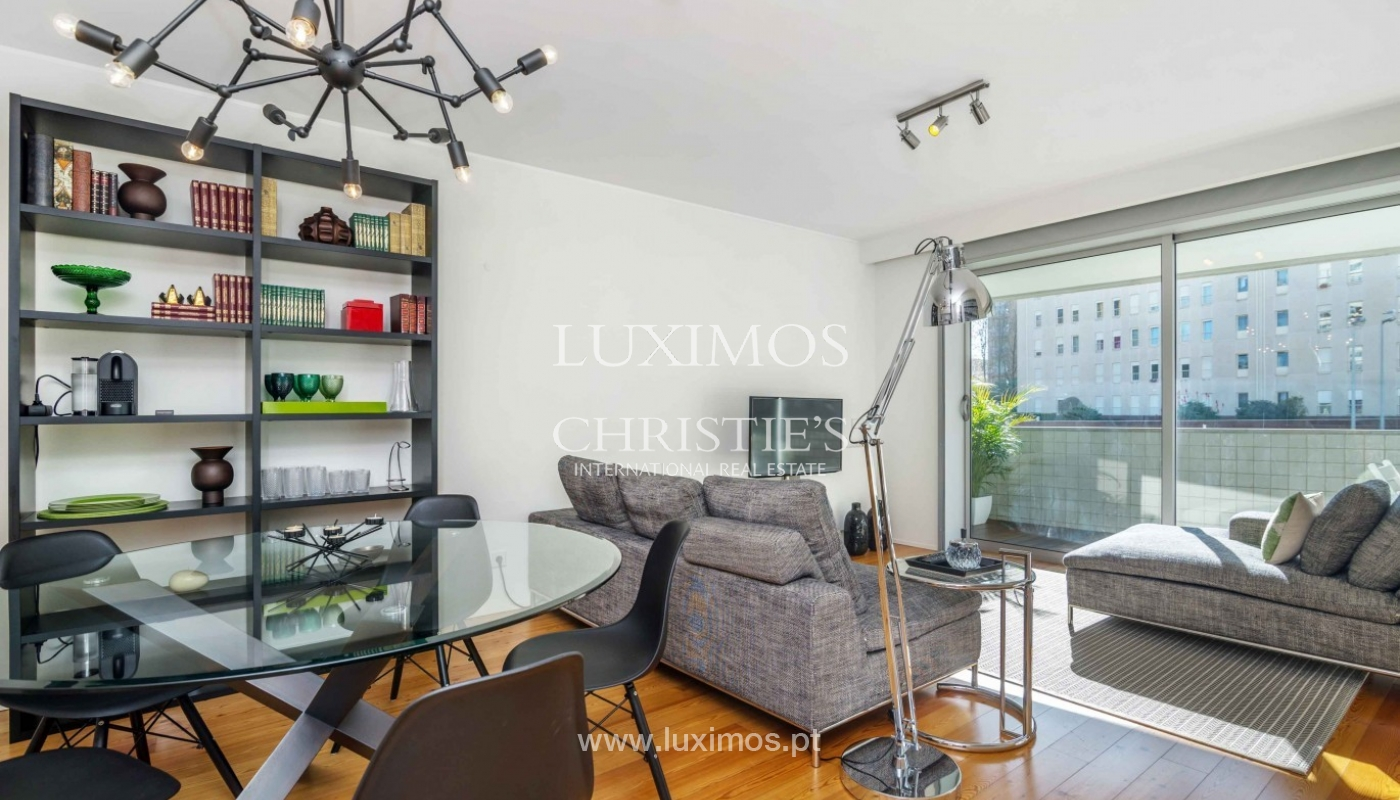 Sale of modern apartment, as new, Lordelo do Ouro, Porto, Portugal_94342