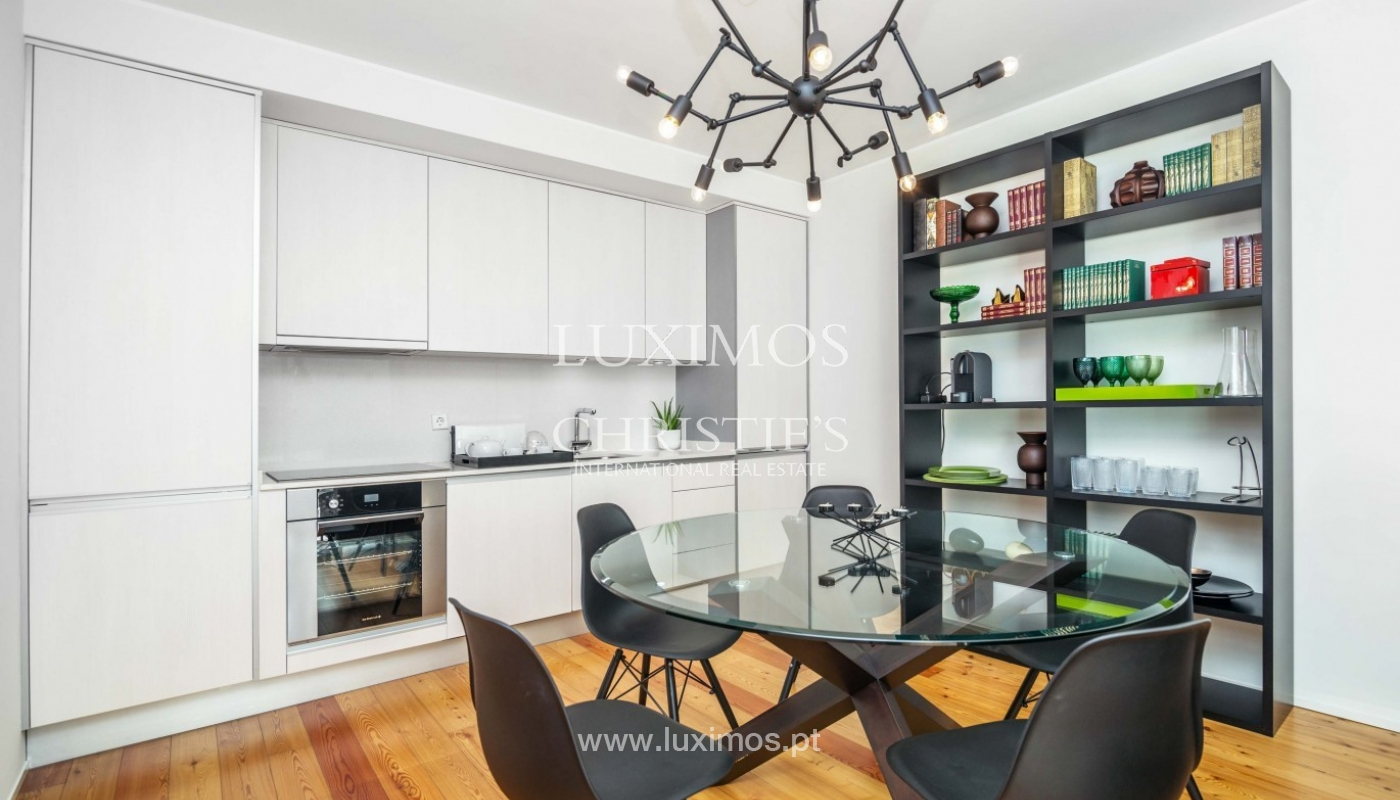 Sale of modern apartment, as new, Lordelo do Ouro, Porto, Portugal_94343