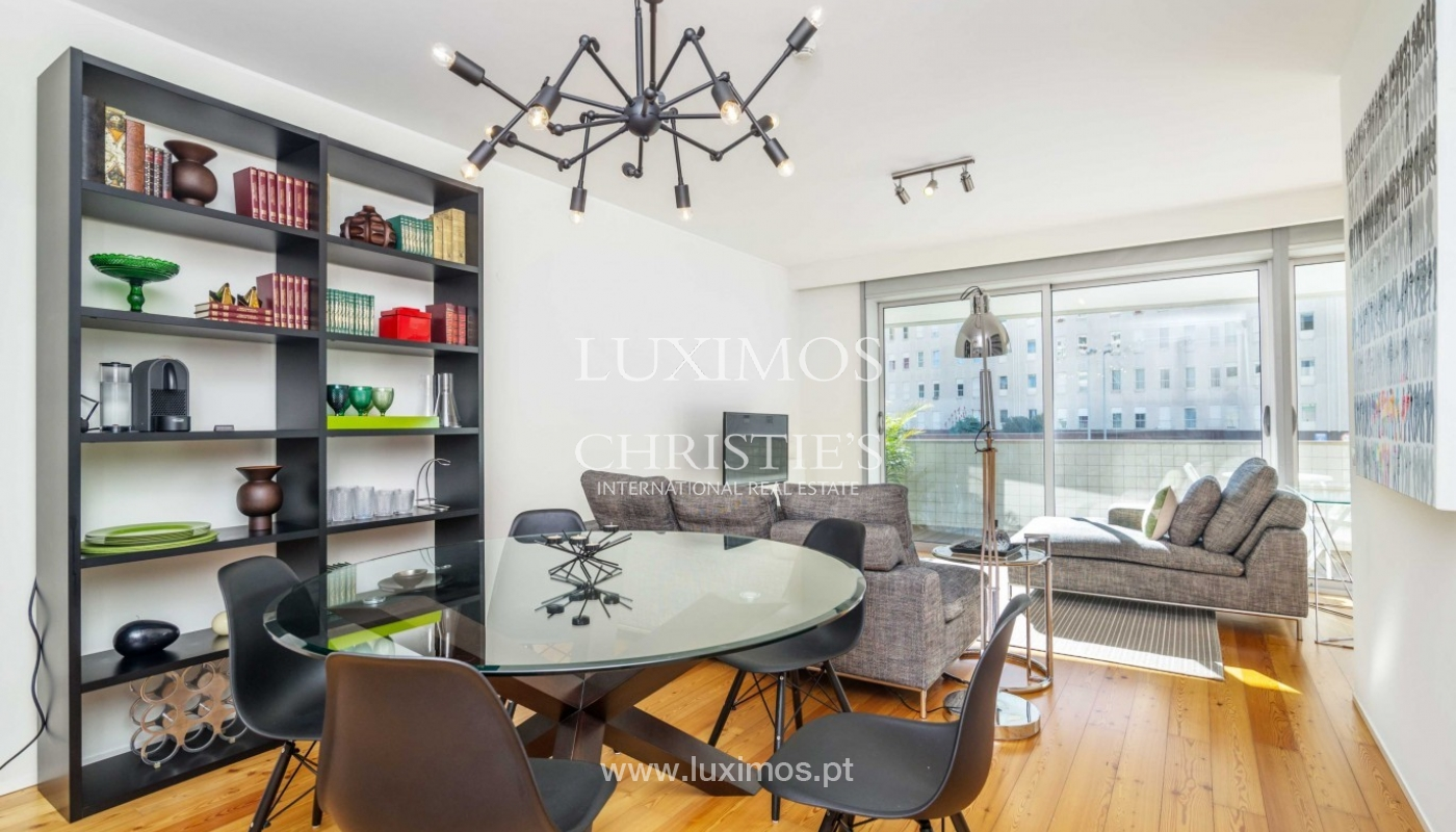 Sale of modern apartment, as new, Lordelo do Ouro, Porto, Portugal_94344