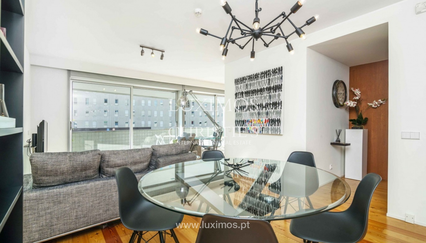 Sale of modern apartment, as new, Lordelo do Ouro, Porto, Portugal_94345