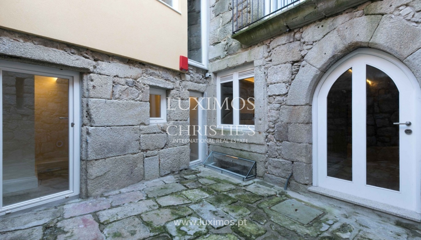 Sale of new Hostel in Porto downtown, Portugal_94629