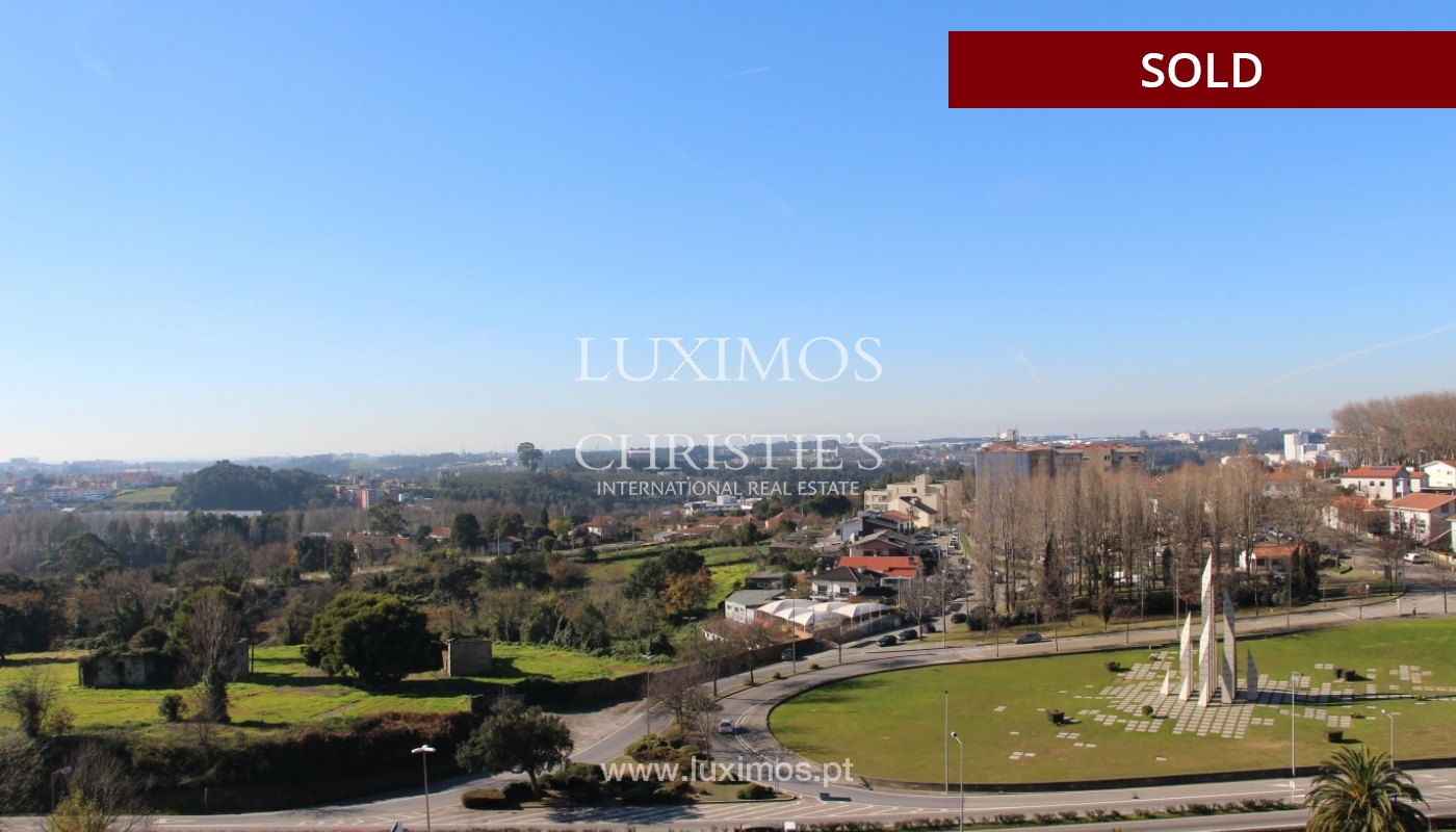 Sale of  3 fronts penthouse with terrace, Maia, Porto, Portugal_94680