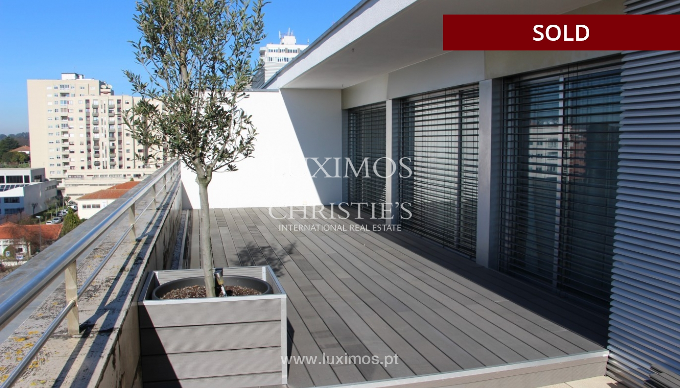 Sale of  3 fronts penthouse with terrace, Maia, Porto, Portugal_94682