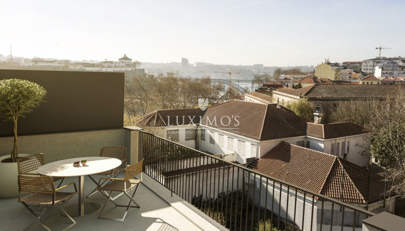 New and Modern Apartment, for sale, in Porto downtown, Portugal_95237