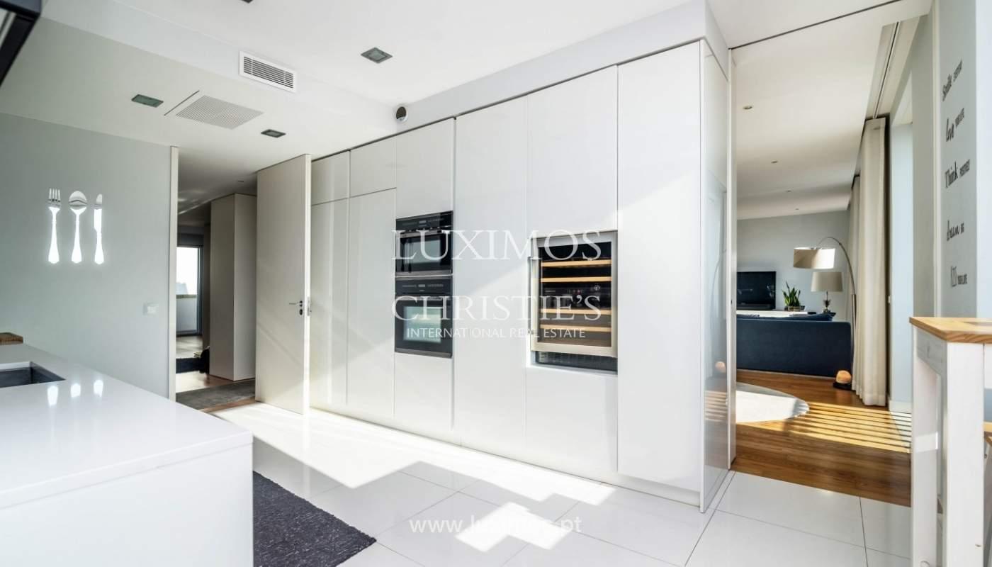 Sale of luxury duplex apartment, ocean views, Leça Palmeira, Portugal_95598