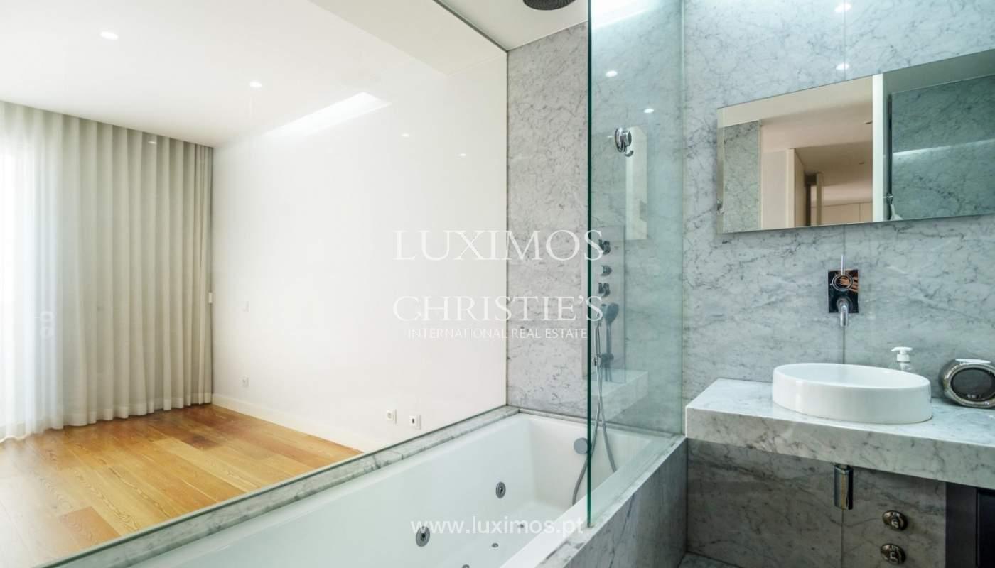 Sale of luxury duplex apartment, ocean views, Leça Palmeira, Portugal_95605