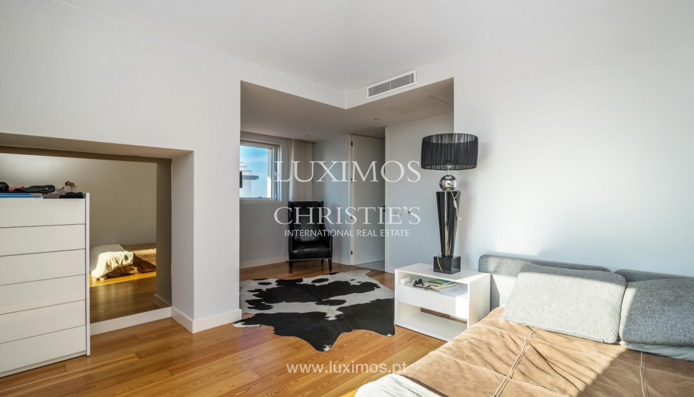 Sale of luxury duplex apartment, ocean views, Leça Palmeira, Portugal_95607