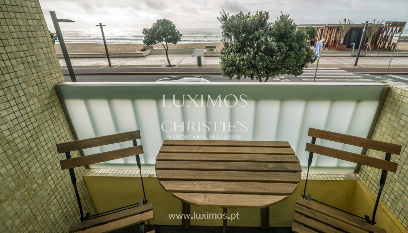 Sale of apartment with sea front, by the beach, Póvoa Varzim, Portugal_95672