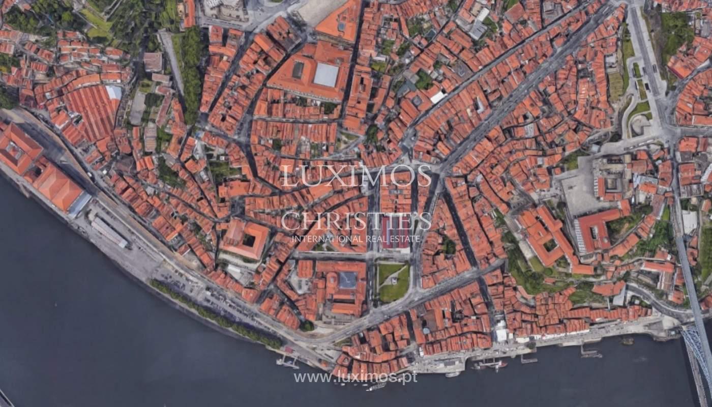 Neue Wohnung mit Balkon zum Verkauf im Zentrum von Porto, Portugal_96770