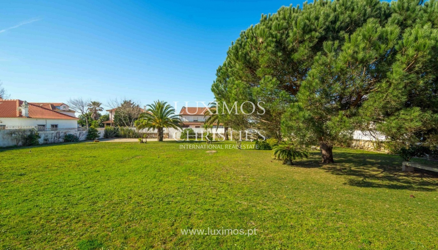 Sale of villa with garden and pool, near golf, V. N. Gaia, Portugal_96869