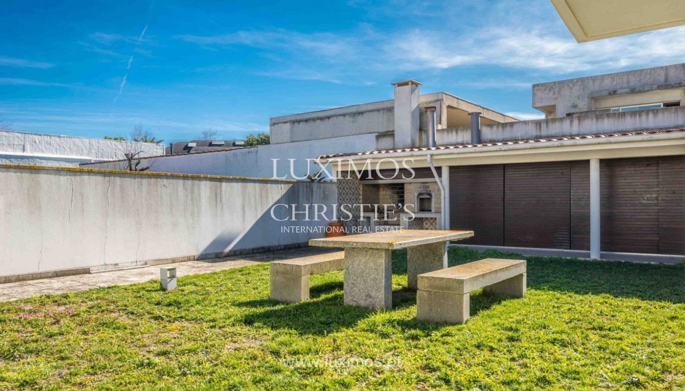 Sale of villa with garden and pool, near golf, V. N. Gaia, Portugal_96906