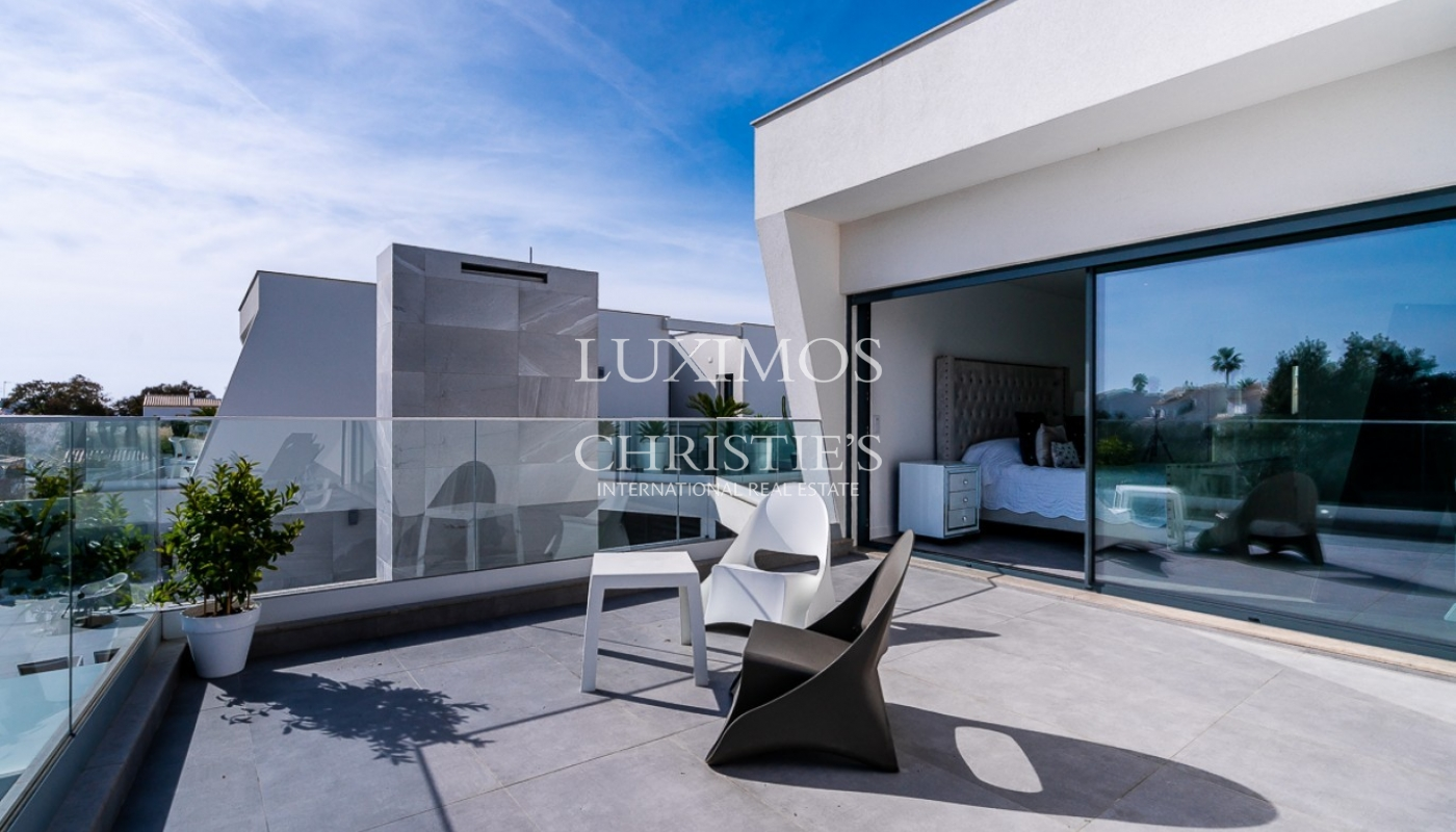 Sale of luxury modern villa with pool in Albufeira, Algarve, Portugal_97001