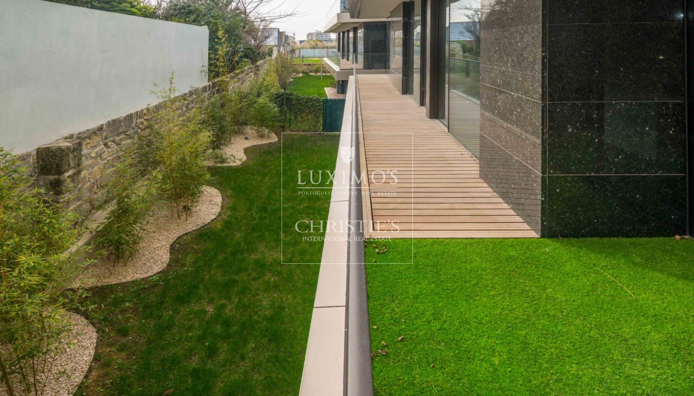 Sale of luxury, new and modern apartment, City Park, Porto, Portugal_97149