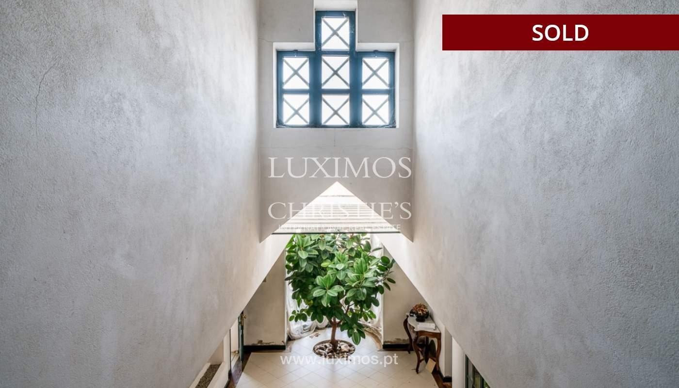 Sale of house with garden near the sea in Faro, Algarve, Portugal_97393