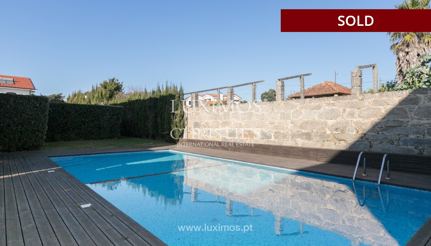 Sale of villa with pool and garden in Vila Nova de Gaia, Portugal_97416