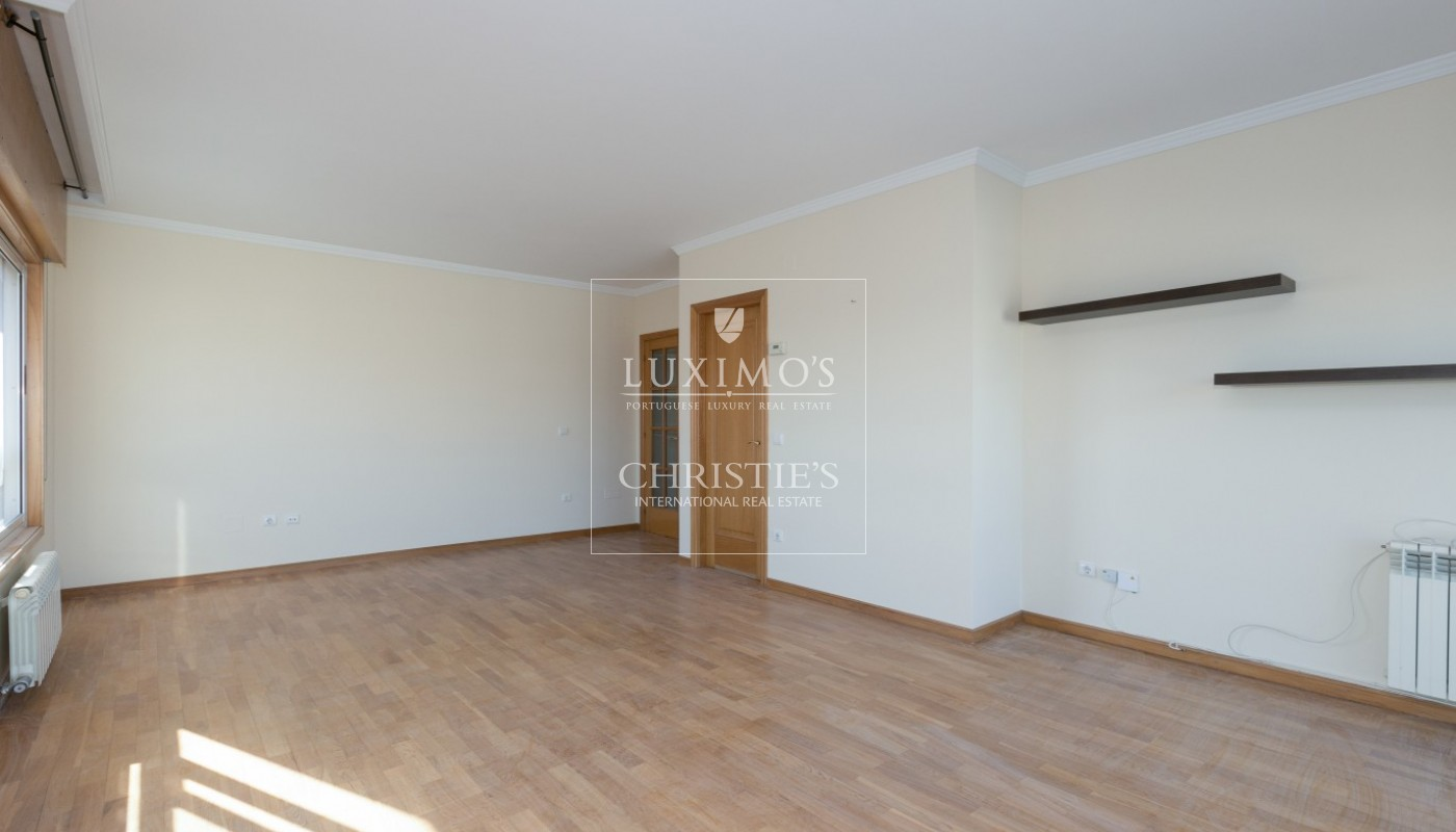 Sale of apartment in Porto city center, Portugal_97475