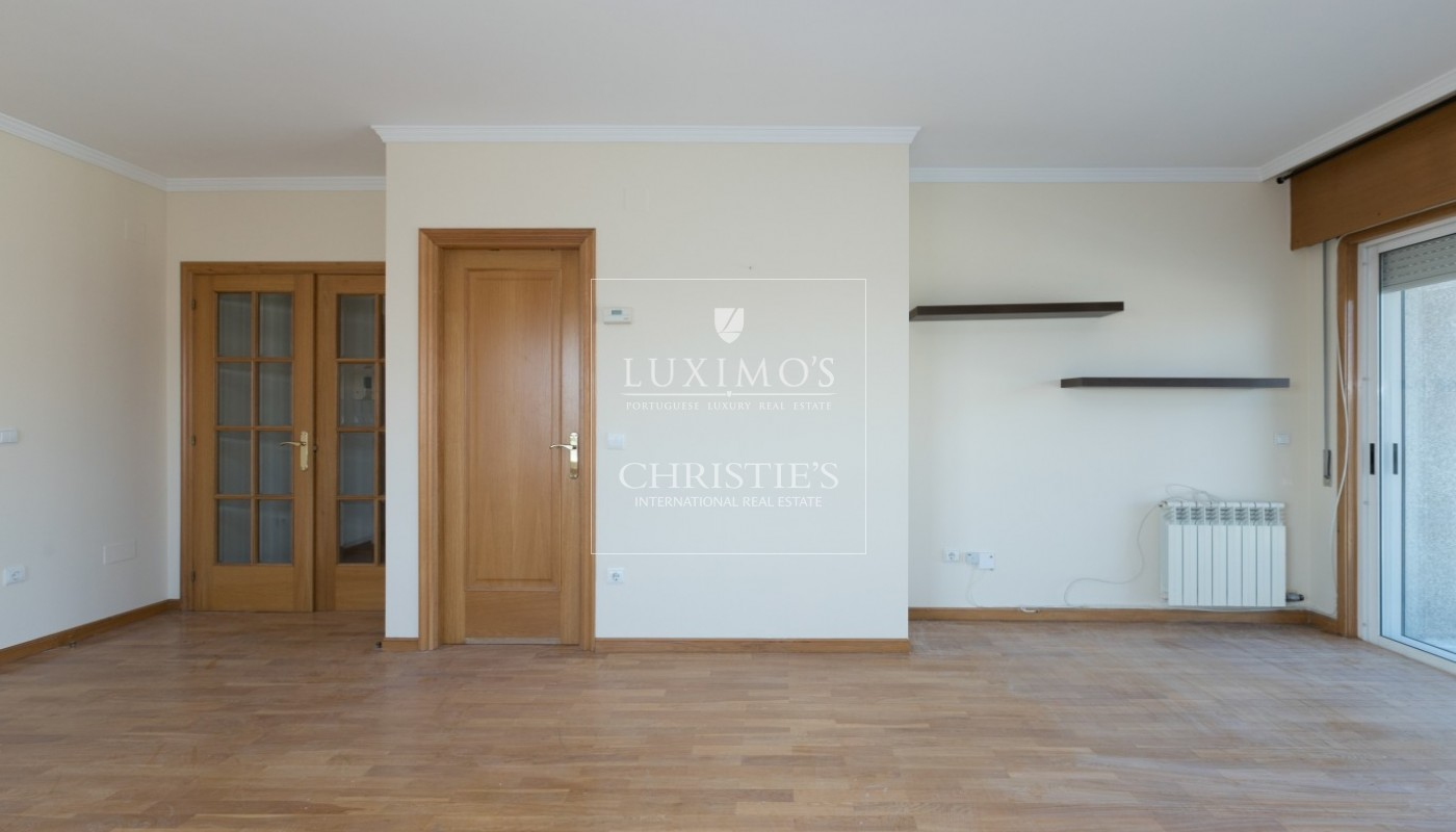 Sale of apartment in Porto city center, Portugal_97477