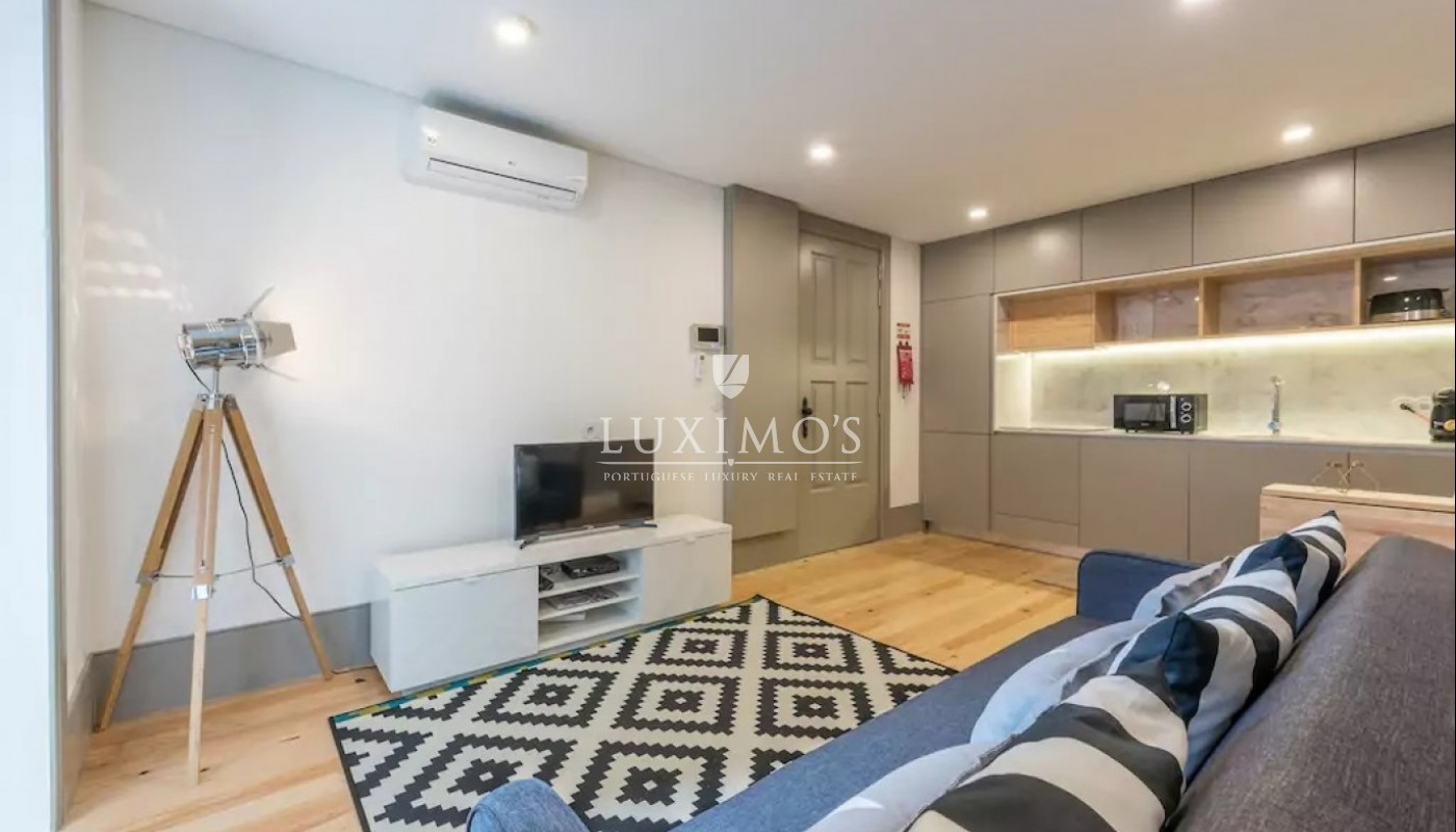 Sale of apartment with terrace in Porto downtown, Portugal_97567