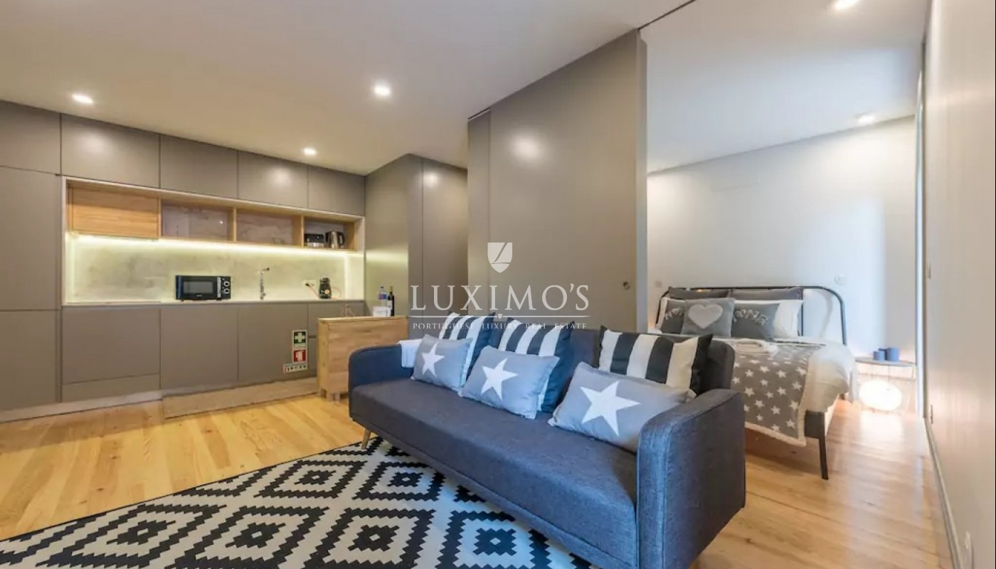 Sale of apartment with terrace in Porto downtown, Portugal_97576