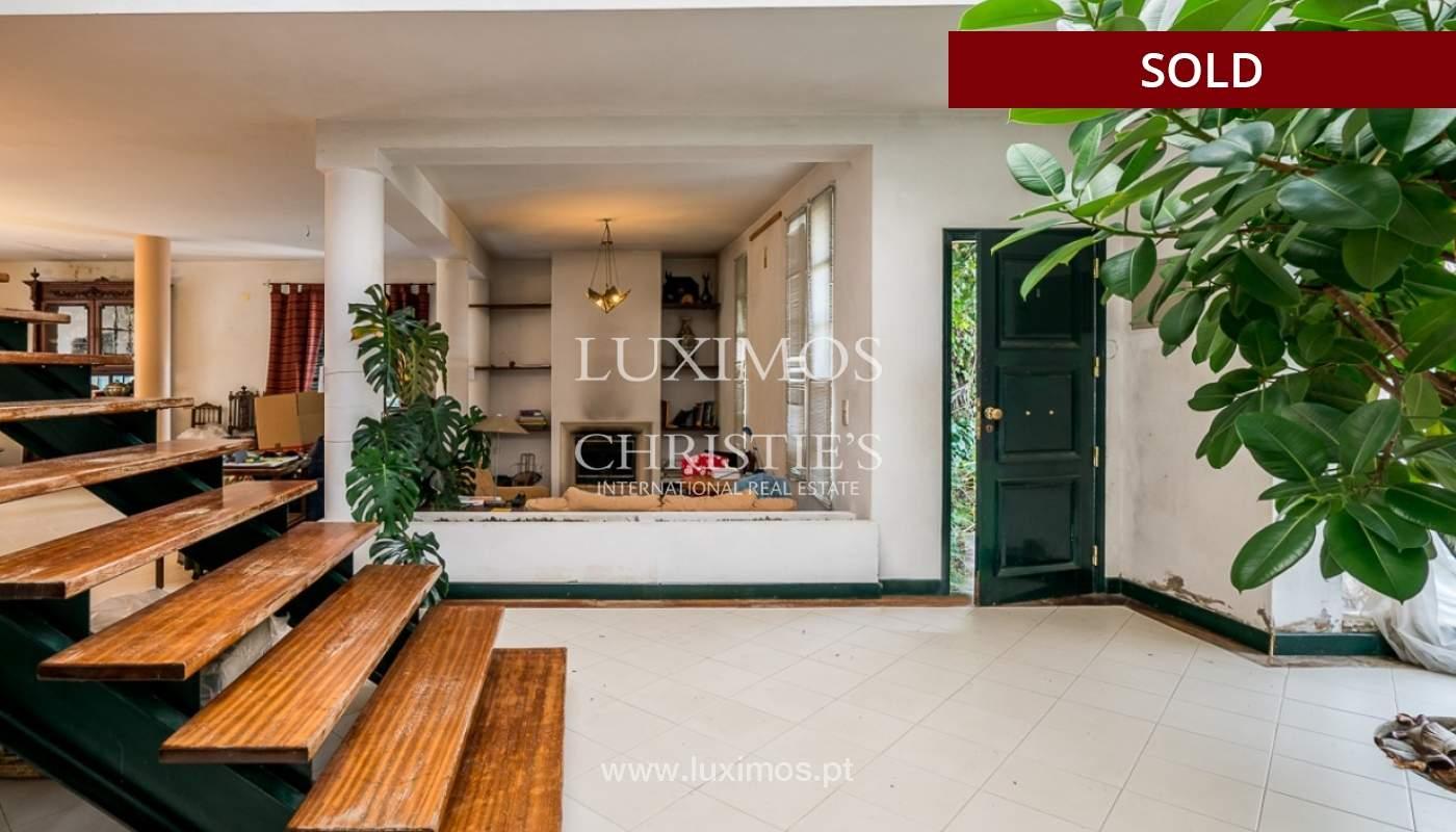 Sale of house with garden near the sea in Faro, Algarve, Portugal_97580