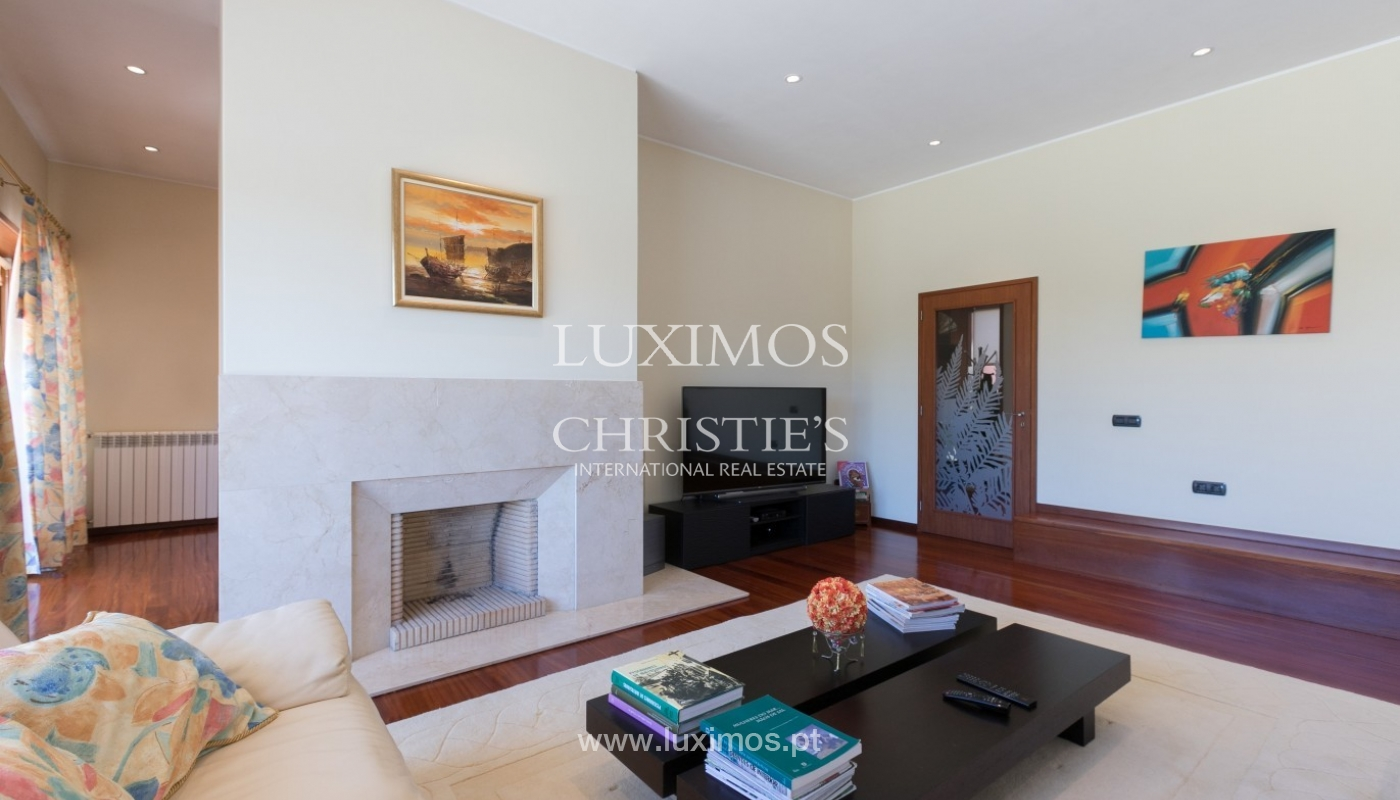 Sale of luxury villa with garden and pool, Leça da Palmeira, Portugal_97672