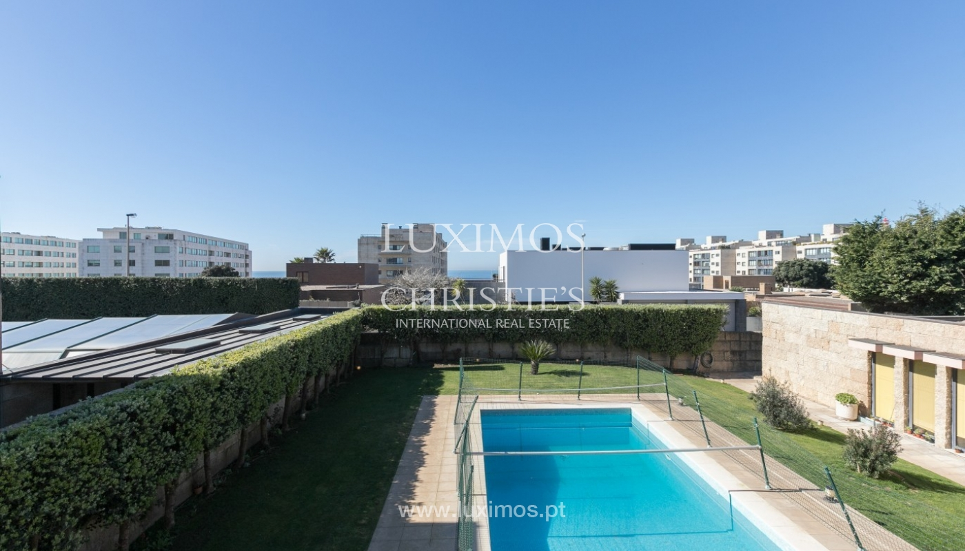 Sale of luxury villa with garden and pool, Leça da Palmeira, Portugal_97707