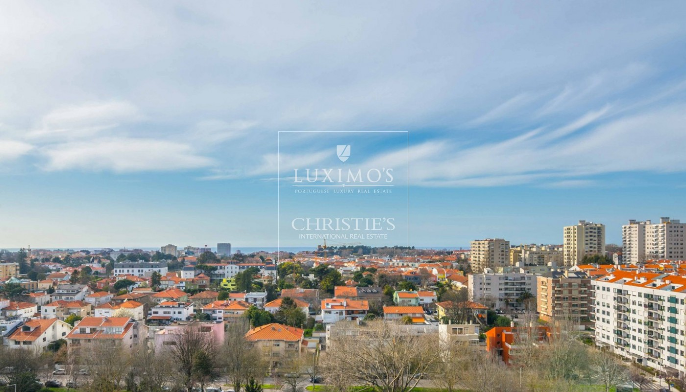 Sale of contemporary luxury penthouse w/ ocean views, Porto, Portugal_97730