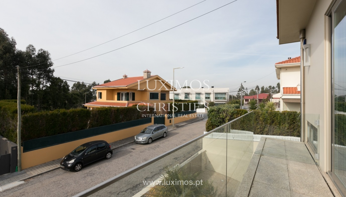 Sale of contemporary villa with pool, Vila Nova de Gaia, Portugal_97757