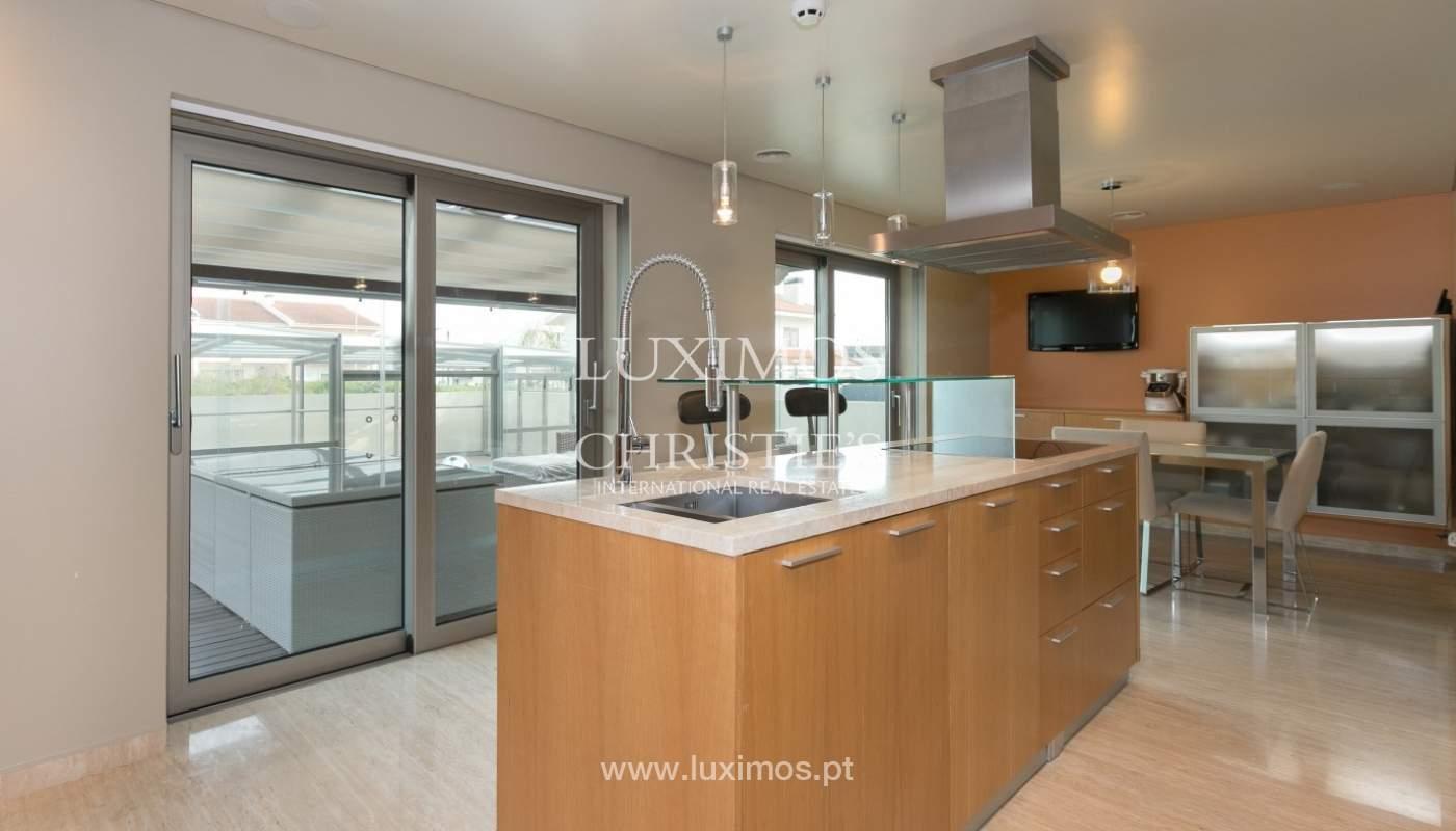 Sale of contemporary villa with pool, Vila Nova de Gaia, Portugal_97775