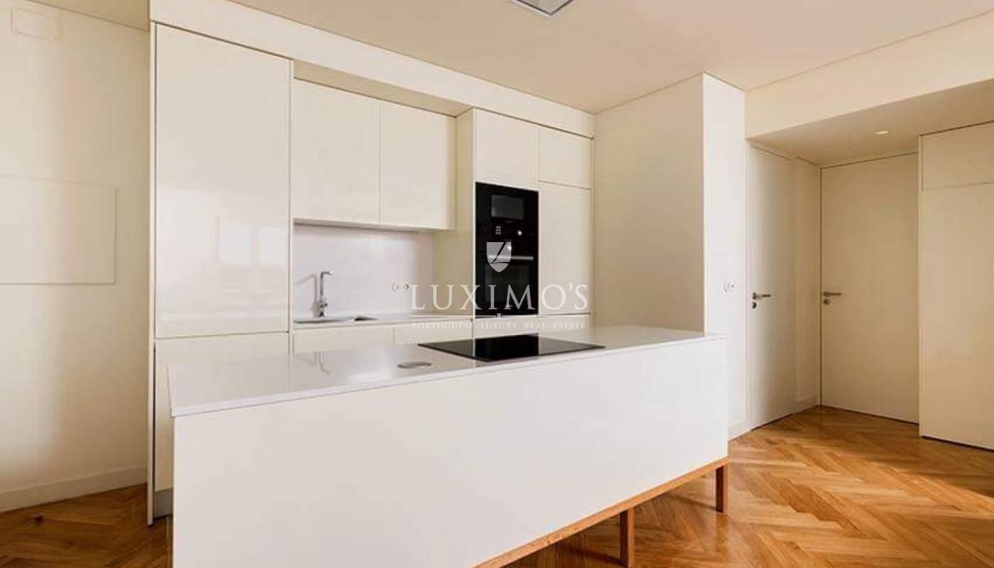 Venta de fantástico apartamento con terraza en Porto, Portugal_97893