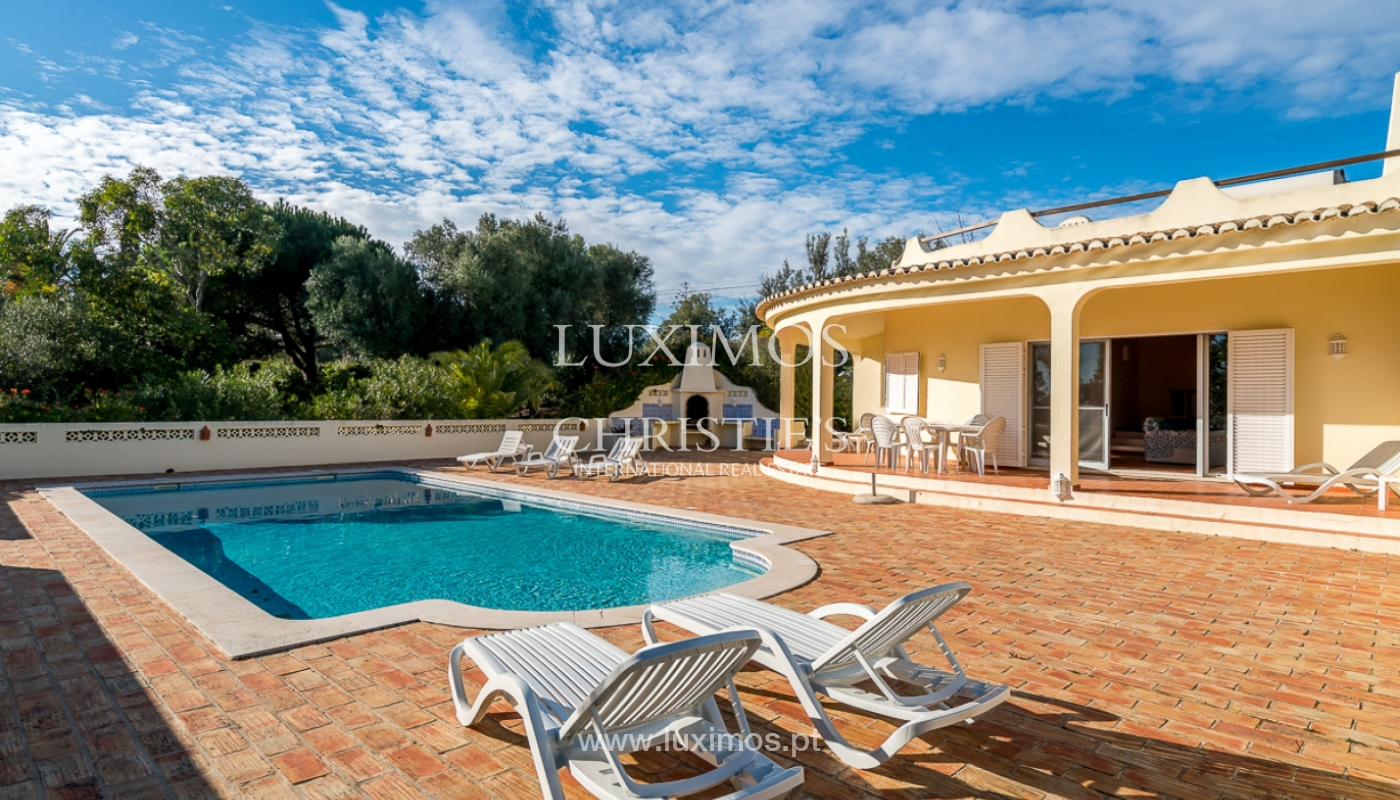 Sale of villa with swimming pool in Portimão, Algarve, Portugal_97899