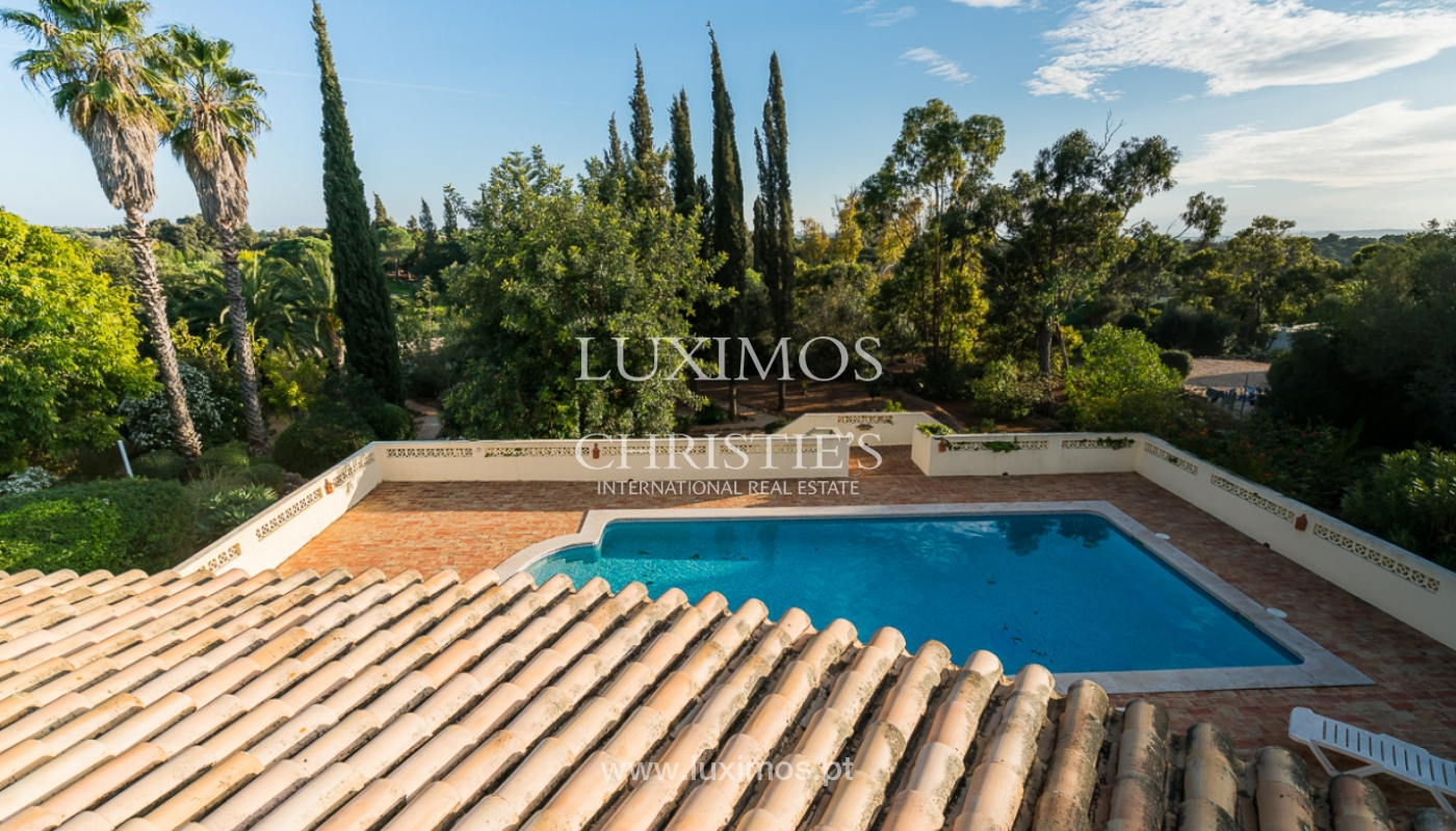 Sale of villa with swimming pool in Portimão, Algarve, Portugal_97934