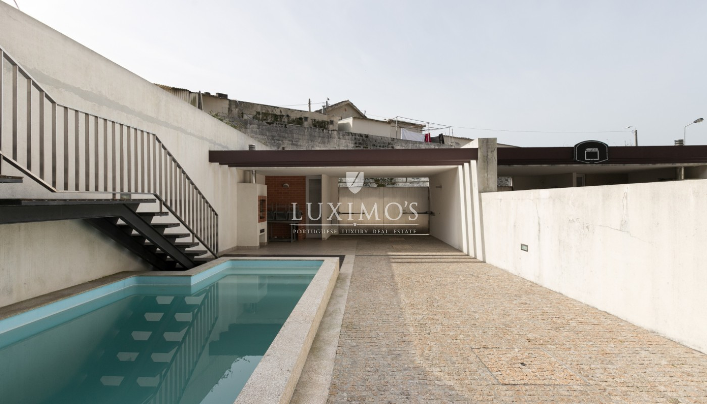Sale of contemporary villa with pool, Vila Nova de Gaia, Portugal_98037