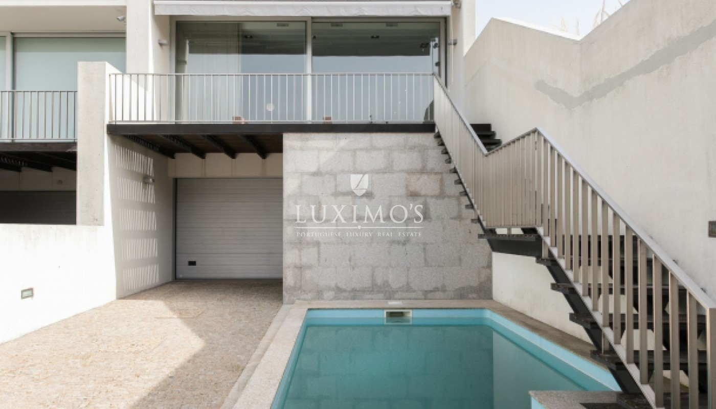 Sale of contemporary villa with pool, Vila Nova de Gaia, Portugal_98041
