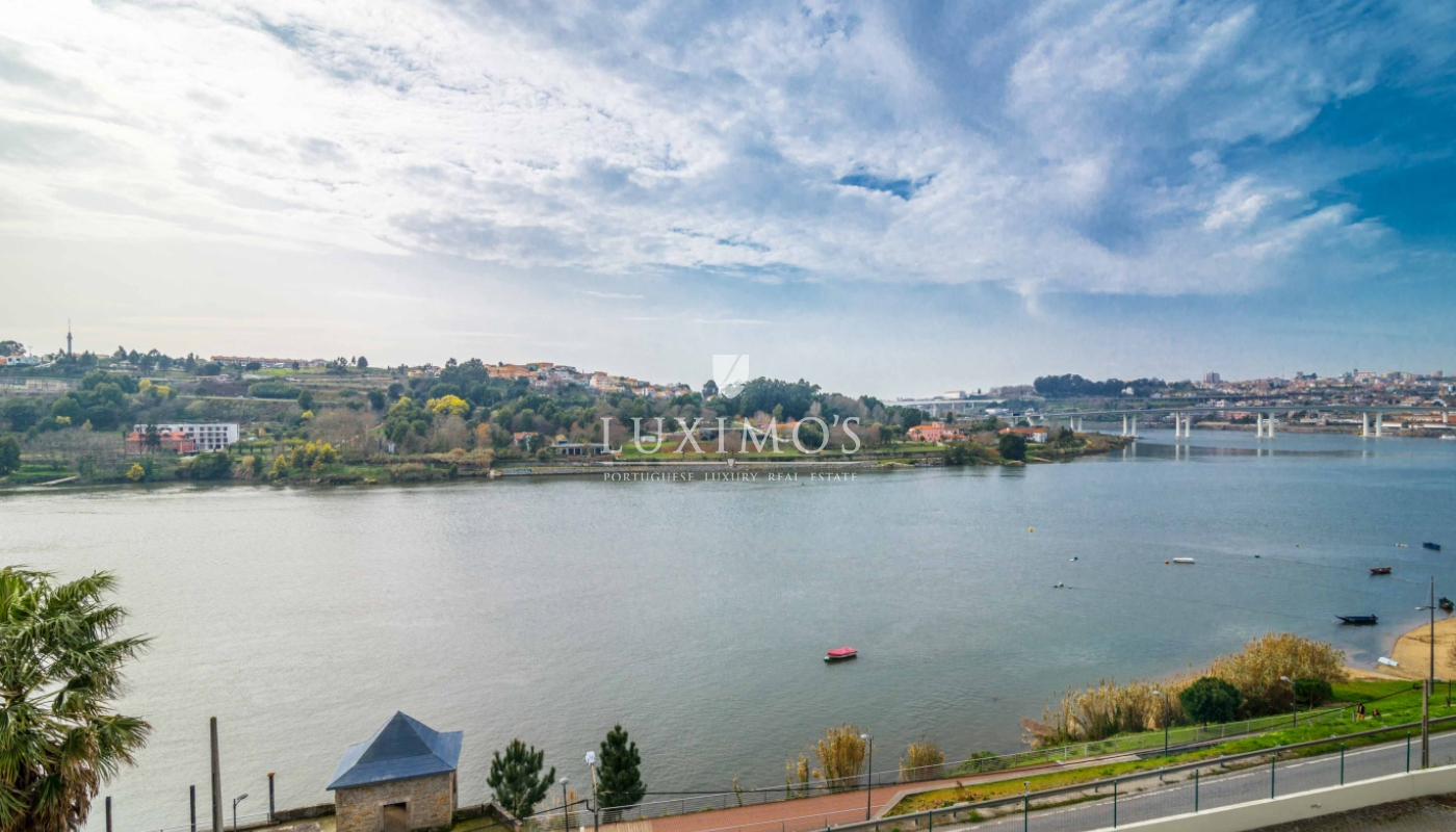 Sale of modern and luxury house, with river view, Porto, Portugal_98257