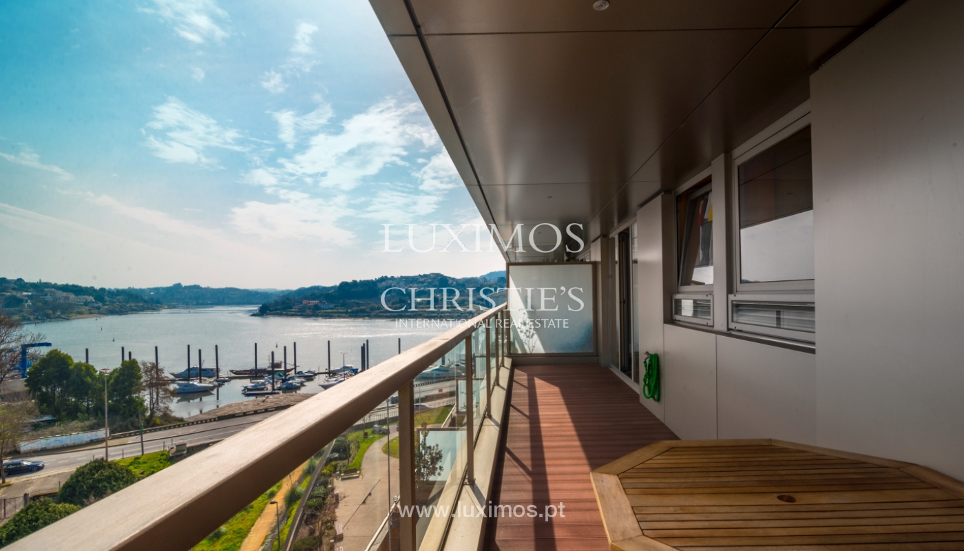 Sale of apartment with balcony and river views, Porto, Portugal_98282