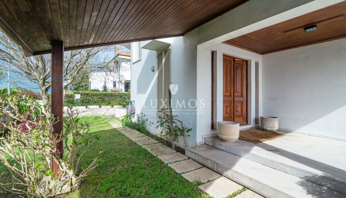 Venda de moradia de 4 frentes com jardim, Vila Nova de Gaia_98284